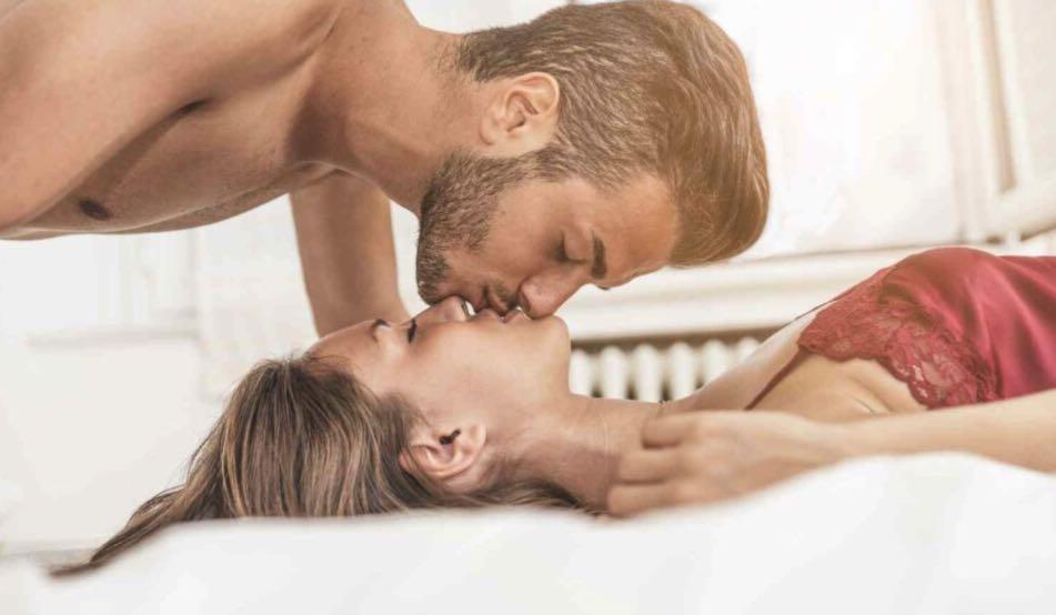 Bring back the passion: choosing 5 positions for sensual sex