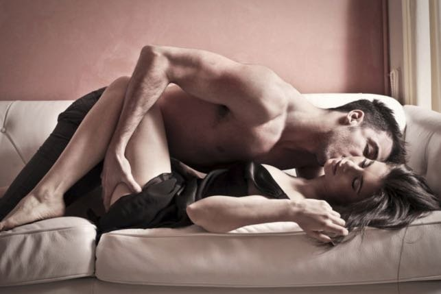5 sex positions without undressing that will make your sex super hot