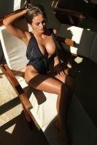 Female escort service from charming Uma in Abu Dhabi
