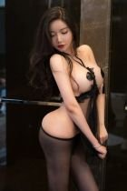Pretty Carly girl for escort adult entertainment in Abu Dhabi