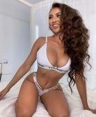 Latex woman Kiki for BDSM dating
