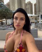 Date Abu Dhabi escort — independent girl Sandra from SexAbudhabi.com