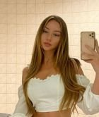 Abu Dhabi independent escort Yvonne is here just fo sucks for USD 1000